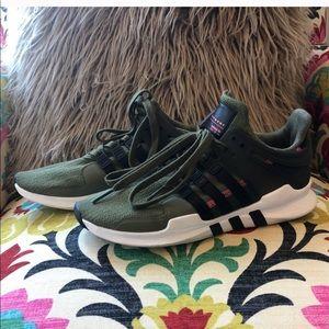 Adidas EQT • W 9 / M 7.5 / 40